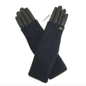 Chanel Black Cc Fold-over Leather Gloves Size 7